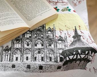 Baroque Style Collage Illus on  White Oxford Linen, U2859