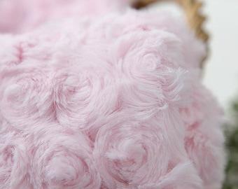 Roses Faux Fur Light Pink WIDE 160cm, A Yard, U2961