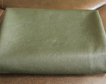 Khaki VINTAGE style Faux Leather 70cm x 84cm, U10011