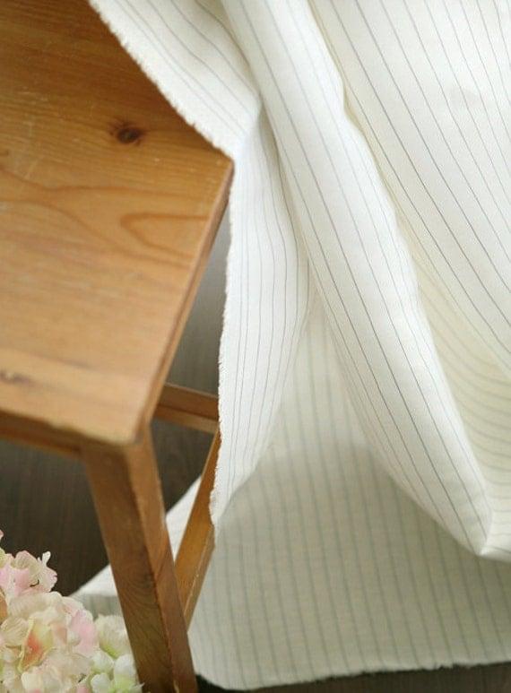 1.5 yards, Gray Stripes on Pure Linen WIDE 130cm, U3238
