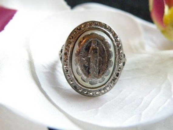 Vintage 1920's Art Deco Sterling Silver St Saint Mary Creed Religious Marcasite Ring