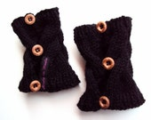 Black Wrist Warmers in Wool with Buttons