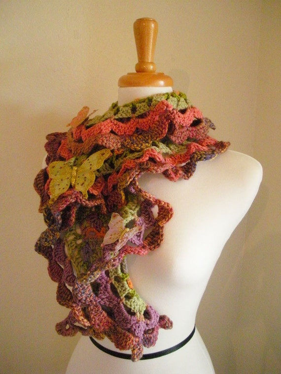 30% OFF Crocheted Scarf No 7