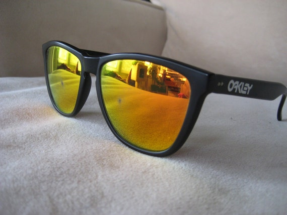 Oakley Frogskins Sunglasses With Fire Iridium Lenses And Black