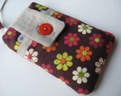 PADDED iPhone\/iPod Touch\/Cellphone Case with Pocket, Brown Tossed Flowers