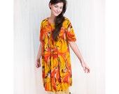 Vintage 1960s Hawaiian Barkcloth Dress in Fiery Amber Swirls
