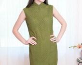 Vintage 1960s Dress - Moss Green Lace Cheongsam Cocktail Dress - M