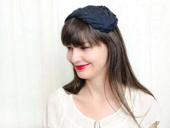 Vintage 1950s Hat - 50s Hat - Dark Navy Blue Pleated Hat