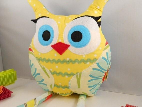 bellamina's owl pillow