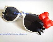 iCat Sunglasses (White x Black)