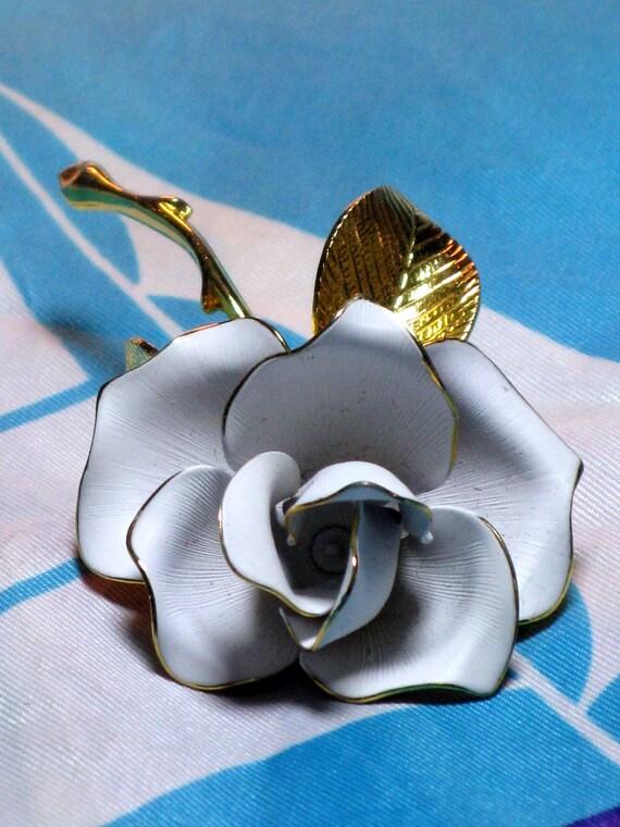 JOHN CERRITO White Enamel Rose Brooch/Pin (B-3-4)