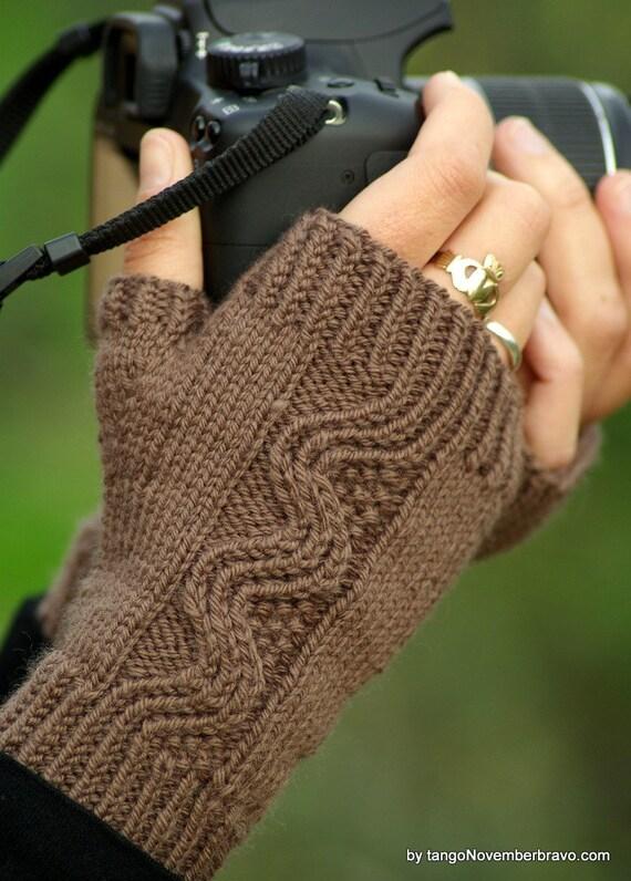 Hand Knit Merino Cashmere Fingerless Gloves (Chestnut Brown)