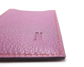 Monogrammed Lavender Leather Card Case - sleeve business credit metro ID gift card, Orchid, maid of honor - Bridesmaid gift