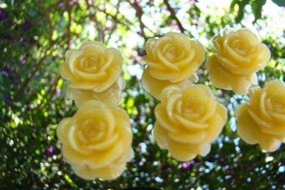 6 Sunny Yellow 19mm Perfect Rose Flower Cabochons