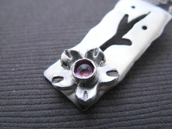 Cherry Blossom Pink Sapphire Necklace Modern Organic