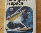 Cool Vintage 1960s Sci-Fi Mini Book-Strangers in Space
