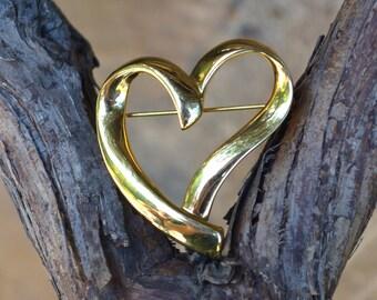 Heart Figural Brooch Pin signed Trifari