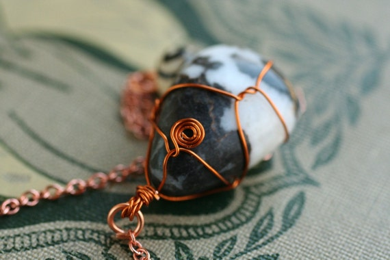 Wire Wrapped Black and White Agate Pendulum