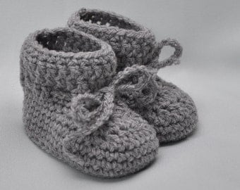 Baby Booties -Booties that Stay On in Gray