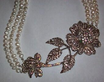 Big Bold Chunky Necklace Rhinestone Crystal Pendant Necklace Large Flower Crystal Necklace Multi Strand White Freshwater Pearl Necklace