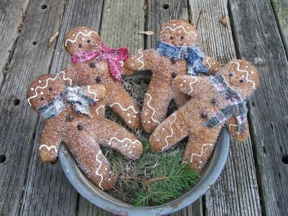 "Primitive Gingerbread Man Cookies, Aged 8"" Bowl Fillers, Tucks, Ornies, Hangers, Cupboard Dolls, Ornaments - E Pattern"