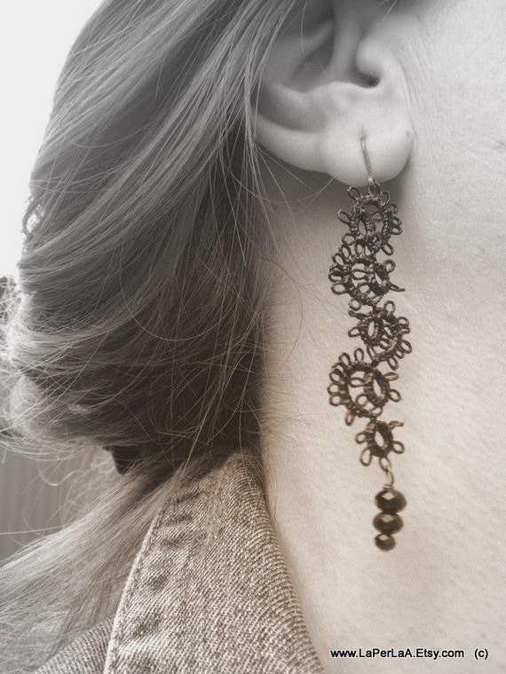 lace tatted earrings  - BLACK ARABESQUE