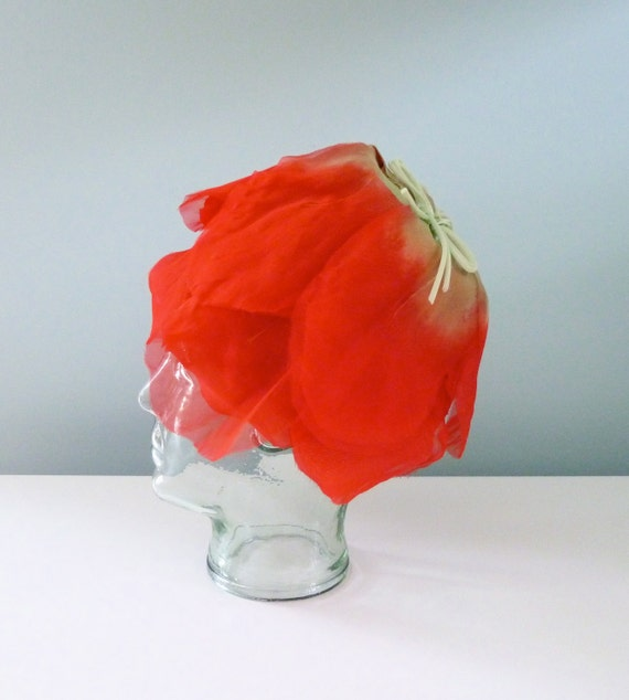 1960s Flower Hat Mr John Jr Red Rose Cloche Toque 60s Novelty Statement Hat