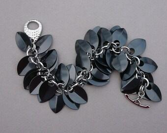 Chain maille scale maille black silver aluminum scale fringe bracelet