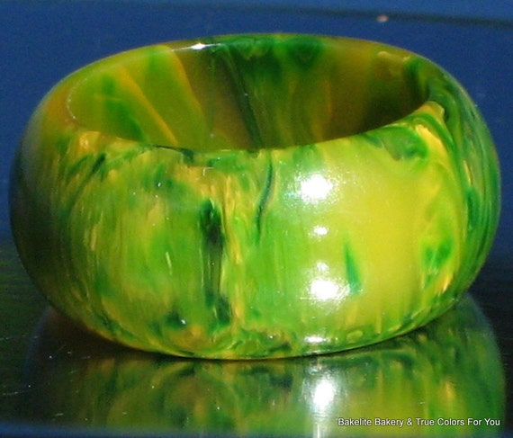 BakeLite Vintage Ring Marbled Art Deco End of Day Green Gold EOD Finger Mid Century Catalin Bold Swamp Chunky Domed Size Sz 6 1/4 UK L.5 M