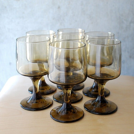 Smokey Wine Glasses - Set of 7 - Ombre Glass 70's