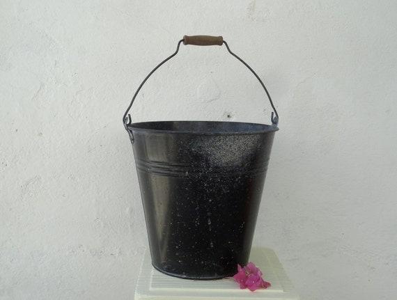 Black Vintage Bucket