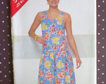 Vintage 1980s Sewing Pattern - Butterick 5485 - Misses' Dress (Size 12-14-16) - Sewing Supplies