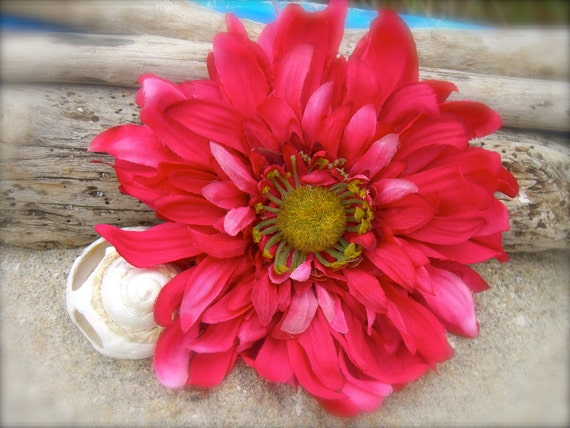 Wild Daisy Flower Hair Clip-PINK SURPRISE-Weddings, Summer Vacation, Floral Hair Clips, Rustic Country Weddings, Beach Wedding, Cowgirl Chic