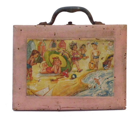 Vintage Spanish children's wooden lunchbox with seaside scene