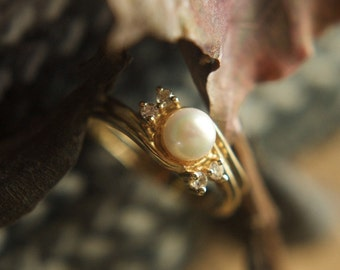 Pearl and CZ 14K gold ring