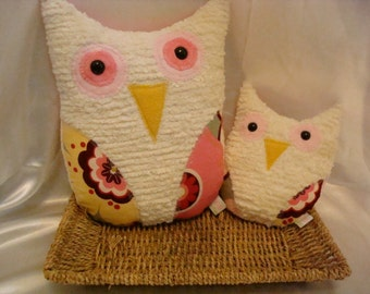 Two Owls - Matching Set, Cream Chenille, Kleo in Pink Fabric