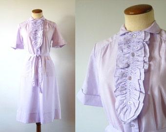 1960s Day Dress Lavender Tuxedo Ruffles Cotton Shirtdress 60s Vintage Shift Short Sleeve Midi Button Up Belted Ruffled Retro M Medium Easter
