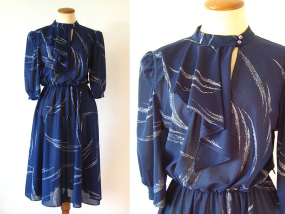 1970s 80s Dress Ascot Day Dress Keyhole Navy Blue Fitted Waist Half Sleeves Full Skirt Button Neck Vintage 70s S Small M Medium