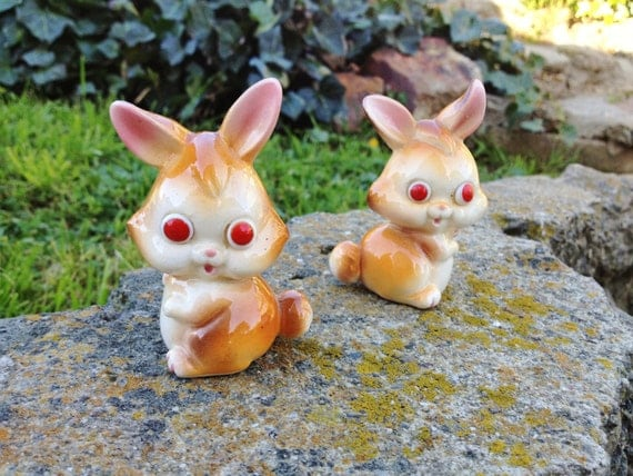 Vintage Japanese bunny shakers with red eyes