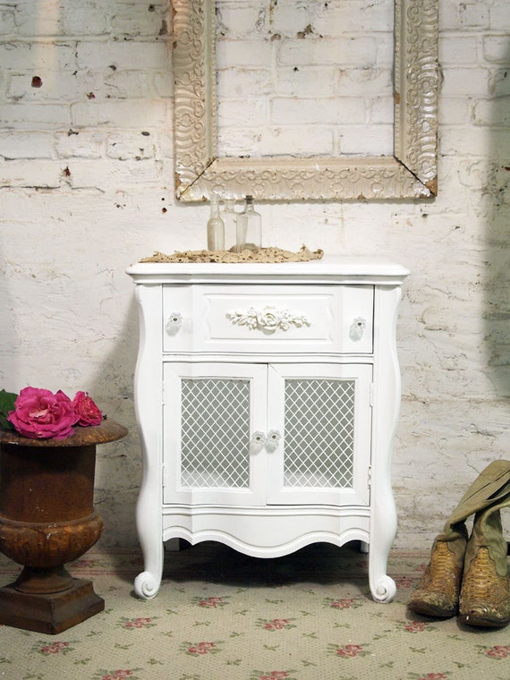 Painted Cottage Chic Shabby White Night Table NT385