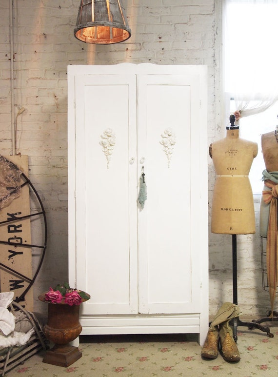 Painted Cottage Chic Shabby White French Wardrobe Armoire AM243