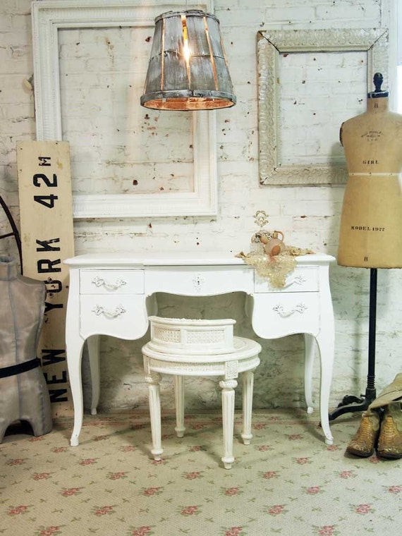 Painted Cottage Chic Shabby White Romantic French Vanity VAN238
