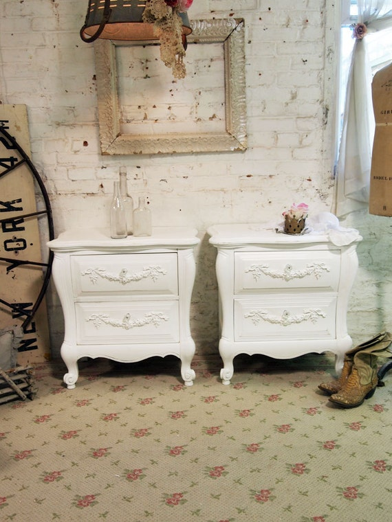 Painted Cottage Shabby White Pair of  Romantic French Night Table NT427