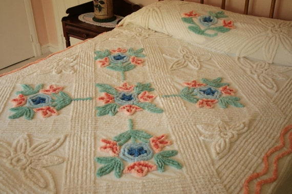 Cream with Peach, Blue and Jade Bouquets Plush Vintage Chenille Bedspread - Mint Condition NOS - Free U.S. Shipping