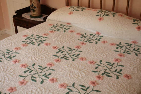 Sweet Pink Flowers Needletufted and Plush RetRac Vintage Chenille Bedspread
