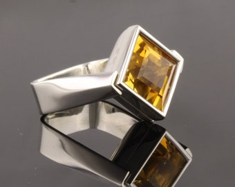 Sterling Silver Ring set with 12mm square facet cut Citrine