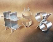 "Metal keys freestanding-Empire 4"""