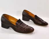 Coach short heels .Straight up and No Nonsense brown leather shoes .made in Italy for womens sz  7.5