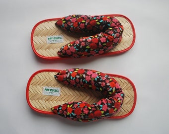 Unique Asian shoes .Kitschy & Colorful floral .adult flip flops . Brushed Corduroy Upper .Bamboo and foam sole .Fat Rolls Size 9