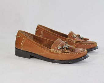The Bionic Prep .vintage chestnut loafers .silver-toned hardware .Tassels & Kilties  -womens size 7-